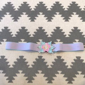 Stretchy Divided H&M belt, size Large